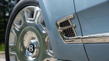 Bentley Mulsanne 2016 - side vent