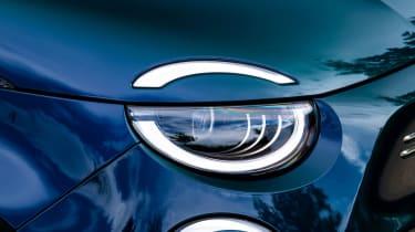 Fiat 500 - front light detail