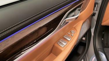 BMW 7 Series facelift - door detail