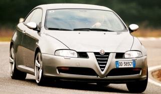 Alfa Romeo GT Q2