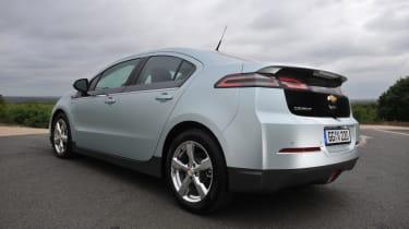 Chevrolet Volt rear tracking
