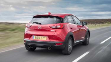 Mazda CX-3 - rear tracking