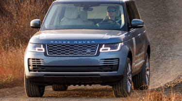 New Range Rover PHEV 2017 review - off road action