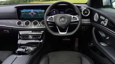 Mercedes E-Class Estate E220d UK - interior