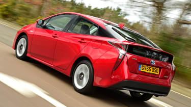 Toyota Prius 2016 UK - rear tracking