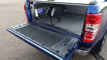 Ford Ranger - bed door