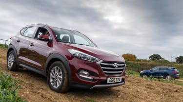 Hyundai Tucson vs Renault Kadjar - group test pan