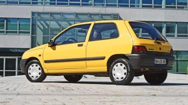 Renault Clio Mk1 - rear static