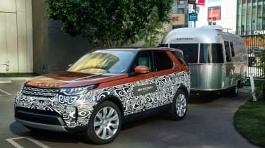 Land Rover Discovery - Advanced Trailer Assist 1