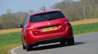 Peugeot 308 SW - rear cornering