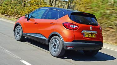 Renault Captur - rear tracking