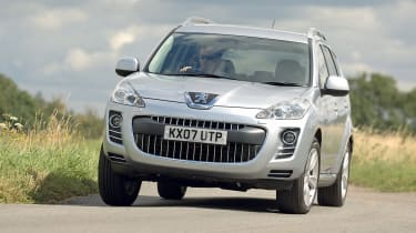 Best cars for under £3,000 - Peugeot 4007