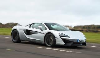 McLaren 540C - front