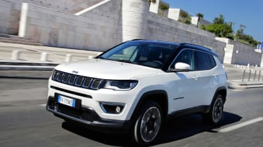 2017 Jeep Compass - front angle motion
