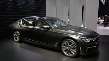 BMW M760i xDrive - LA Motor Show