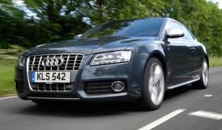 Audi S5 front tracking