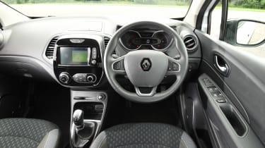 Renault Captur - dash