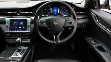 Maserati Quattroporte 2014 interior