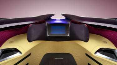 Toyota i-Tril Concept dashboard