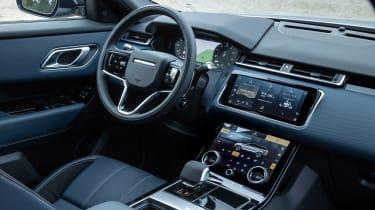 Range Rover Velar P400e - cabin