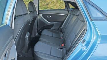 Hyundai i30 1.6 CRDi rear seats
