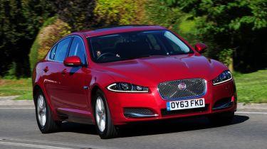 Jaguar XF front tracking