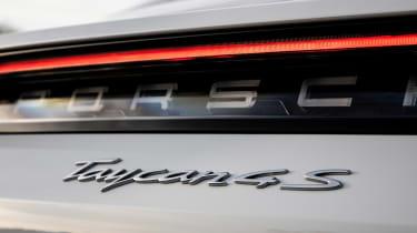 Porsche Taycan 4S - Taycan 4S badge