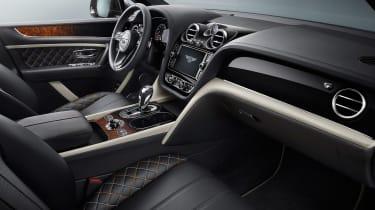 Bentley Bentayga Mulliner - front seats