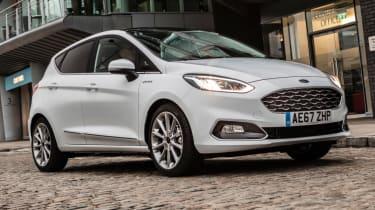 Ford Fiesta Vignale - static cobbled street