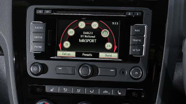 VW Scirocco R-Line - infotainment display