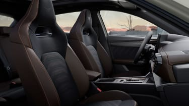 Cupra Formentor VZ5 - front seats