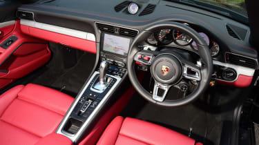 Porsche 911 Turbo Cabriolet 2016 - interior