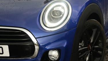 MINI Cooper - front light