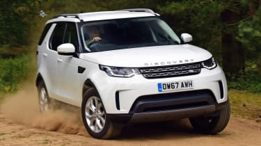 Land Rover Discovery - off-road
