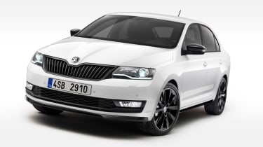 Skoda Rapid 2017 update front quarter