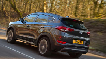 Hyundai Tucson 2016 - rear tracking