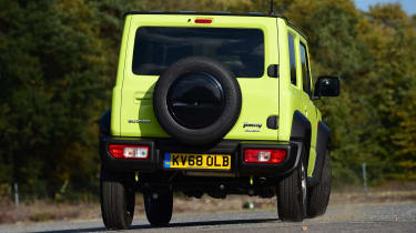 Suzuki Jimny - rear cornering