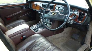 Minder Cars - Daimler interior