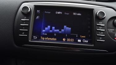 Toyota Yaris GRMN - infotainment