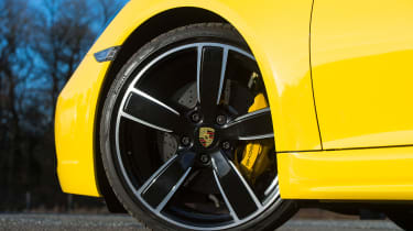 Porsche Cayman - wheel