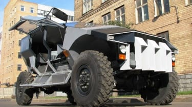 ZIL Russian Humvee army concept front low
