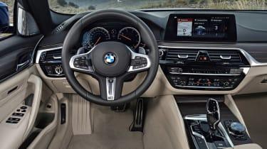 New BMW 5 Series Touring - dash