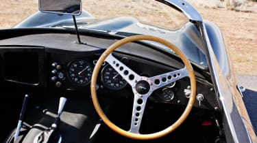 1957 Jaguar XKSS - dash
