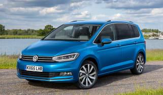 Volkswagen Touran 2015 official pic
