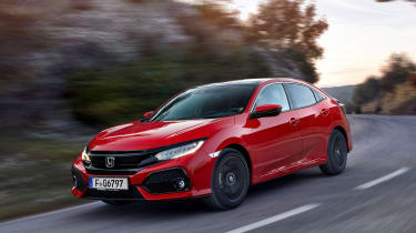 Honda Civic 2017 EU - red front cornering