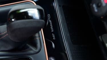 SEAT Leon Cupra R ST ABT - badging