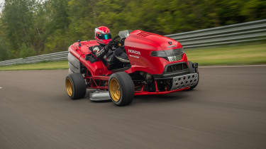 Honda Mean Mower - front tracking
