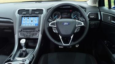Ford Mondeo ST-Line Estate - dash