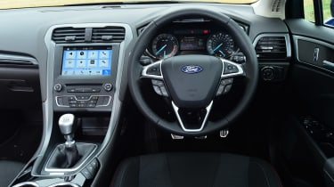 Ford Mondeo ST-Line Estate - dash