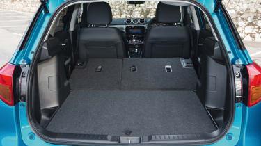 Suzuki Vitara - boot seats down